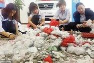 Κίνα: Πήγε να αγοράσει αυτοκίνητο με νομίσματα