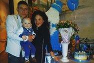 Ουκρανία - Δίχρονο παιδάκι έμεινε μέρες δίπλα στα πτώματα των γονιών του