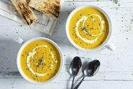 Αντιοξειδωτική σούπα με καρότο, κουρκουμά και ρόφημα σόγιας