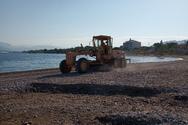 Συνεχίζεται ο καθαρισμός στην παραλιακή ζώνη της Πάτρας (φωτο)
