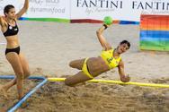 Παράκτιοι Πάτρας: Επικεφαλής του Ομίλου στο Beach Handball Γυναικών η Ελλάδα