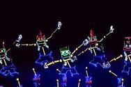 Οι μικροί χορευτές που μάγεψαν το