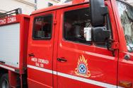 Πάτρα: Φωτιά ξέσπασε σε ακατοίκητο στην πλατεία Μαρκάτο