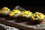 Πατάτες γεμιστές με μπρόκολο και τυρί