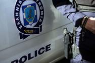 Πάτρα - Άνδρας σε έξαλλη κατάσταση έσπασε αυτοκίνητο με ρόπαλο