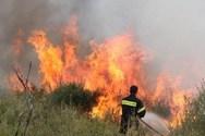 Φωτιά εκδηλώθηκε στον Ασπρόπυργο