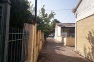 Πάτρα - Οι εργατικές κατοικίες του Αγίου Νεκταρίου που θυμίζουν σκηνικό από ελληνική ταινία (φωτο)