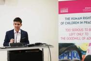 Ένας 17χρονος Έλληνας υποψήφιος για το Διεθνές Βραβείο Ειρήνης για Παιδιά