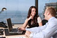 Έρωτας στο γραφείο - Οι λεπτομέρειες που πρέπει να προσέξεις