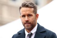 O Ryan Reynolds με... σμιλεμένους κοιλιακούς (φωτο+video)