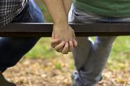 Στη Νέα Υόρκη και την Ουάσιγκτον, λογίζεται ως νόμιμη αυτοάμυνα η άσκηση βίας σε ομοφυλόφιλους