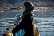 Πειραιάς: Έφτασαν στο λιμάνι 215 μετανάστες από την Μόρια