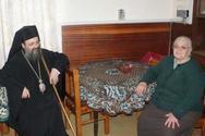 Πάτρα - Η μάνα που μεγάλωσε πάνω από 200 ορφανά αφήνει τη