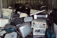 Πάτρα - Συλλογή ηλεκτρικών συσκευών, στο πάρκινγκ Καλεντζώτη