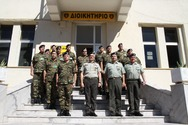 Επίσκεψη αρχηγού γενικού επιτελείου στρατού στο κέντρο εκπαιδεύσεως πυροβολικού και υλικού πολέμου
