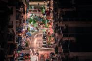Πετώντας πάνω από την Πάτρα τη νύχτα (φωτο)