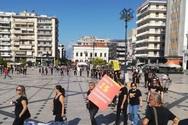 Σιωπηλή πορεία στην Πάτρα για την ελευθερία - Περπάτησαν στα μαύρα