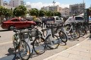 Πάτρα: Τα κοινόχρηστα ποδήλατα μπαίνουν και πάλι στις βάσεις τους