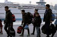 Στον Πειραιά 168 πρόσφυγες και μετανάστες
