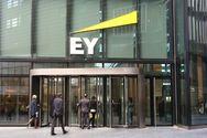 Ernst & Young: Σημαντικό ενδιαφέρον για επενδύσεις στην Ελλάδα