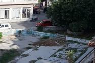 Πάτρα: Το πρώην προαύλιο κοντά στην πλατεία Βουδ που θα μπορούσε να γίνει πάρκο