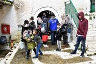 Δυτική Ελλάδα - Περιμένουν μόνο Σύριους πρόσφυγες στις μονές Πορετσού και Δίβρης