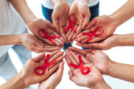 AIDS - Kαθημερινά καταγράφονται 5000 νέες μολύνσεις
