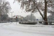 Στους 15 πόντους το χιόνι στα Τρίκαλα