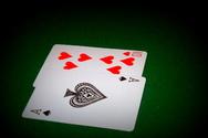 Έπαιζαν χαρτιά σε καφενείο στο Μεσολόγγι - 7 συλλήψεις