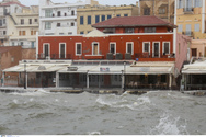 Θωρακίζεται το Ενετικό Λιμάνι των Χανίων