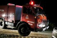 Πάτρα: Ξέσπασε φωτιά σε μάντρα αυτοκινήτων στην οδό Λεύκας