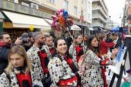 Πάτρα: Οι Καρναβαλιστές έκαναν το... κομμάτι τους στη Ρήγα Φεραίου! (φωτο)
