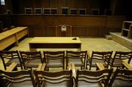 Πάτρα - Συνεχίζουν τις κινητοποιήσεις τους οι δικαστικοί υπάλληλοι