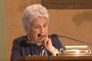 Κική Δημουλά: Όταν έγινε επίτιμη διδάκτορας του τμήματος θεολογίας του Α.Π.Θ. (video)