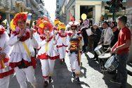 Πάνω από 10.000 καρναβαλιστές στην παρέλαση της Κυριακής στην Πάτρα