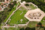Χλεμούτσι - Tο σημαντικότερο κάστρο του Πριγκιπάτου της Αχαΐας (video)
