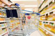 Πάτρα: Ο φόβος του κορωνοϊού άδειασε τα ράφια από τα σούπερ μάρκετ