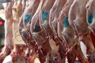 «Παραγγείλτε εγκαίρως το αρνί, για να αποφευχθεί ο συνωστισμός», προτείνουν οι κρεοπώλες