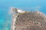 Η κινηματογραφική νησίδα του Σαρωνικού με τους εκατοντάδες ιδιοκτήτες (video)