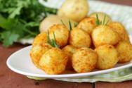 Εύκολες και θρεπτικές κροκέτες τυριού