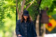 Ιρίνα Σάικ - Βγήκε βόλτα με την κόρη της (φωτο)