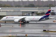 O κορωνοϊός γονάτισε τη μεγαλύτερη αεροπορική εταιρεία της Λατινικής Αμερικής