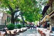 Καλάβρυτα: Kάλεσμα του δήμου στους καταστηματάρχες για τα τραπεζοκαθίσματα