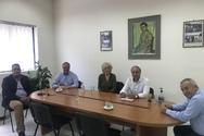 Η Σία Αναγνωστοπούλου και ο Κώστας Μάρκου επισκέφθηκαν το Εργατοϋπαλληλικό Κέντρο και την αγορά του Αιγίου