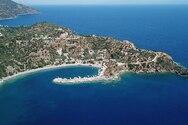 Ταξίδι στη Σαμπατική, τον ειδυλλιακό όρμο της Πελοποννήσου (video)