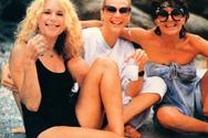 Αλίκη Βουγιουκλάκη, Ζωή Λάσκαρη και Σμαρούλα Γιούλη το 1982 στην παραλία!