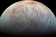NASA: Ο μεγάλος υπόγειος ωκεανός στο δορυφόρο Ευρώπη θα μπορούσε να φιλοξενεί ζωή