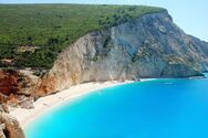 Λευκάδα - Η εντυπωσιακή παραλία Πόρτο Κατσίκι (video)