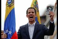 Το Λονδίνο αναγνωρίζει τον Χουάν Γκουαϊδό ως πρόεδρο της Βενεζουέλας