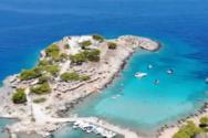 Ταξιδεύοντας στα τυρκουάζ νερά του καταπράσινου Αγκιστρίου (video)